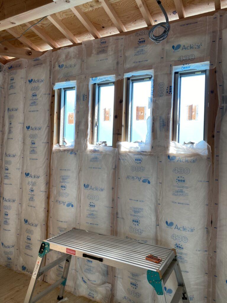 新築物件の断熱材の施工